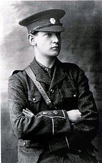 200px-Young_Michael_Collins_Portrait